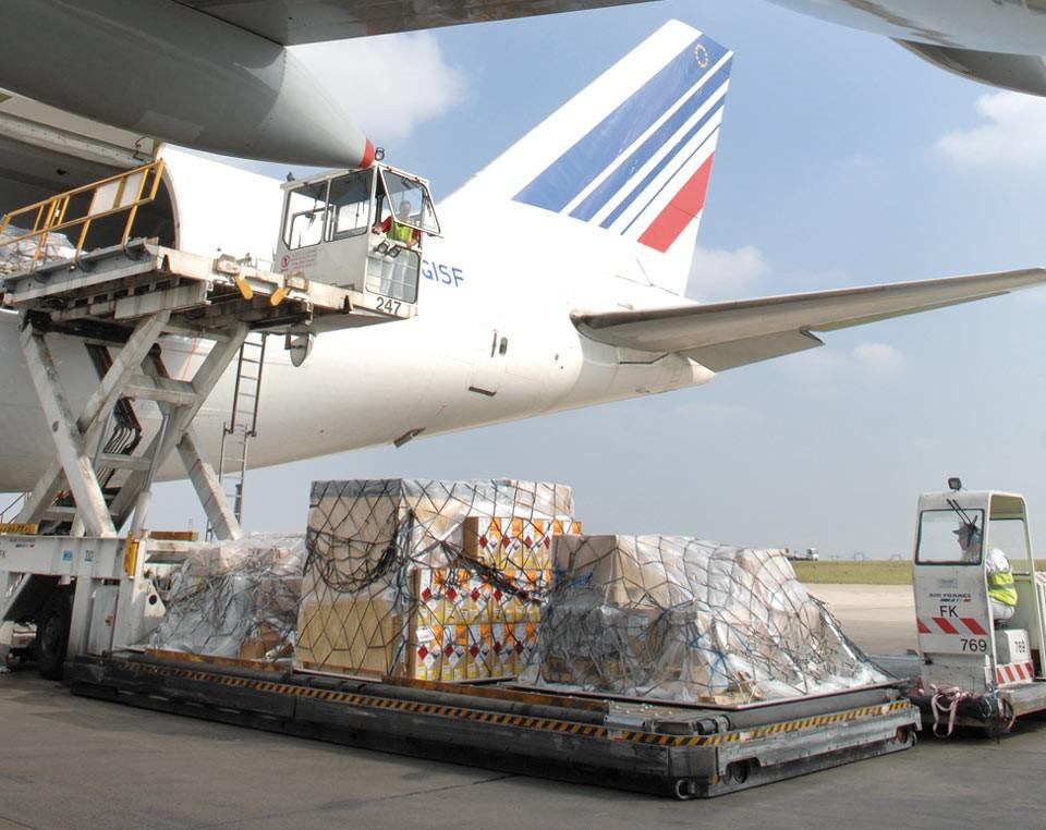 رسال-پستی-بسته-ها-با-هواپیما-به-خارج-از-کشور